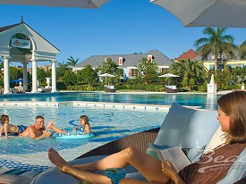 Beaches Turks, Pool - Crop